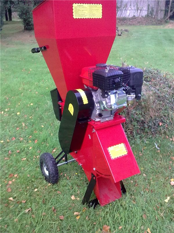 7HP Petrol Garden Shredder Titan Pro