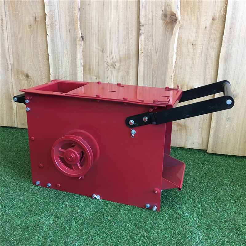 Order a This Titan Pro complete lower chipping chamber for our 13HP, 14HP and 15HP petrol garden mulchers - this is an original direct replacement; being complete it is just a matter of swapping the engine, hopper and wheels over before you are up and running!