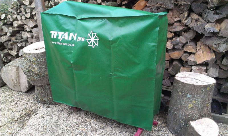 Order a This is a green hard Small sized wearing fully waterproof fabric cover, suitable to easily slip over your valuable piece of Titan machinery:       940*270*510mm, which opening orientation is the side of 940*270mm