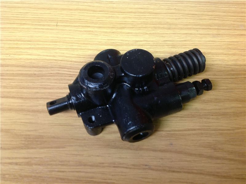 Order a A genuine replacement spool valve for the Titan Pro 8 Ton Petrol Log Splitter.