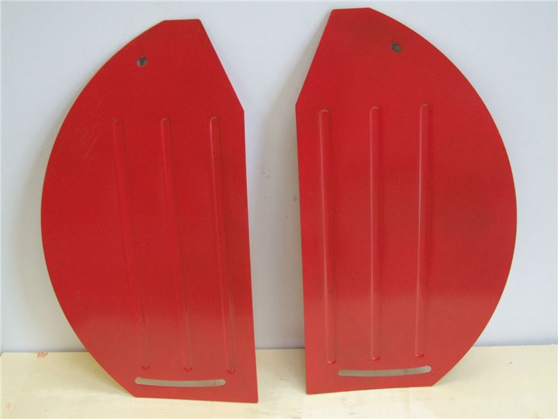 Order a A pair of replacement side plates for the Titan Pro TP500 Rotavator. A genuine replacement part.