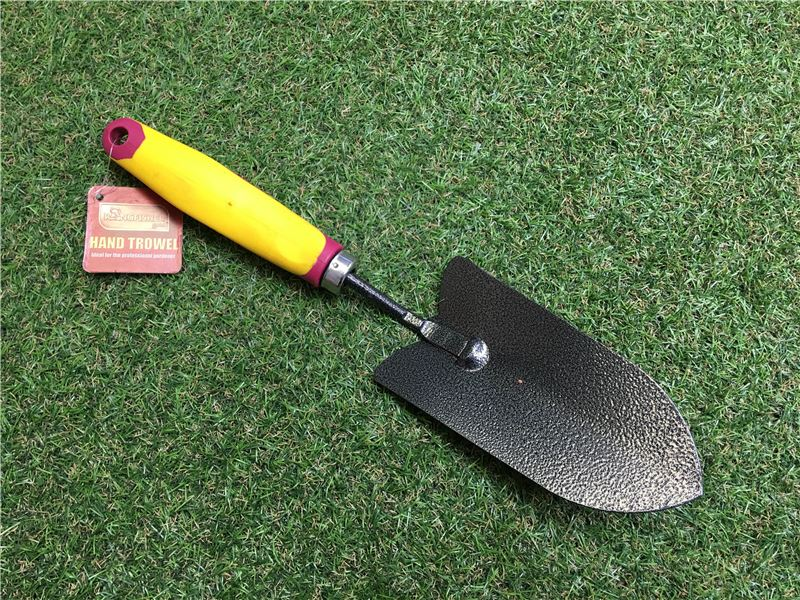 Order a Part of our new range of hand tools, this hand trowel is safe, sturdy and simple to use.