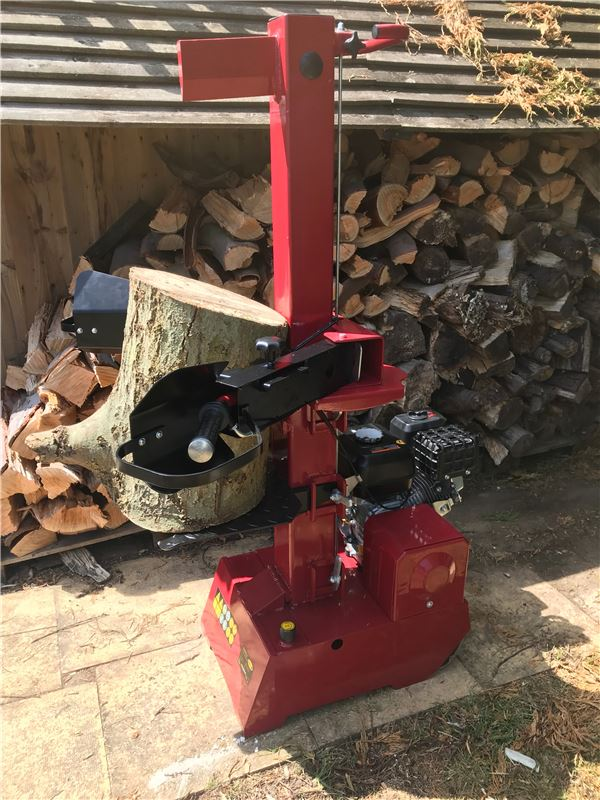 Order a The Titan Pro 9 Ton Log Splitter is a petrol powered hydraulic unit with a four stroke 196cc 6.5HP engine. The adjustable table heights on the 9 Ton Petrol Log Splitter makes this unit ideal for those who have a variety of log sizes to split. The TP 9 ton petrol powered unit provides optimum working height for the user and variable site location possibilities where direct power is not available.