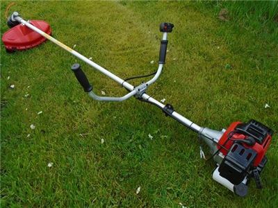 Petrol Brushcutter Strimmer - TP430 from Titan Pro
