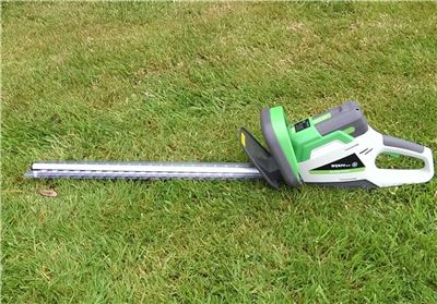 Lithium Ion Battery Powered Hedge Trimmer