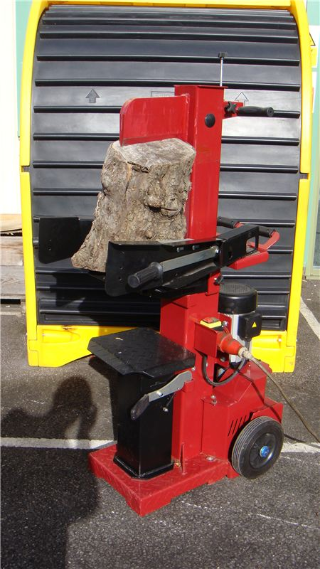 Order a Our New product for 2011 in our extensive range. This 10 Ton 450V 3 Phase Log splitter is ideal for the demanding user who really wants 10 Tons of splitting power. 